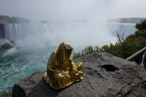 niagra-water-falls-artprize-contemporary-art-arts-design-sculpture-sculpt-guardians-of-time-keepers-manfred-kili-kielnhofer-faceless-8115