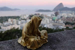 trio biennial  sculpture 3d rio de janeiro guardians of time sculpture art arts design manfred kili kielnhofer