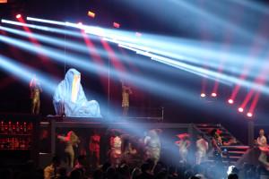 breitling-idclub-show-baselworld-watch-jewellery-party- brand-exclusive-guardians-of-time-manfred-kielnhofer-sculpture-statue-art-arts-lightart-2097