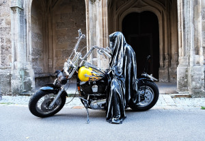 time-traveler-raider-bike-angle-ghost-guardian-manfred-kielnhofer-vehicle-theatre-art-arts-design-mobile-galerie-museum-2605